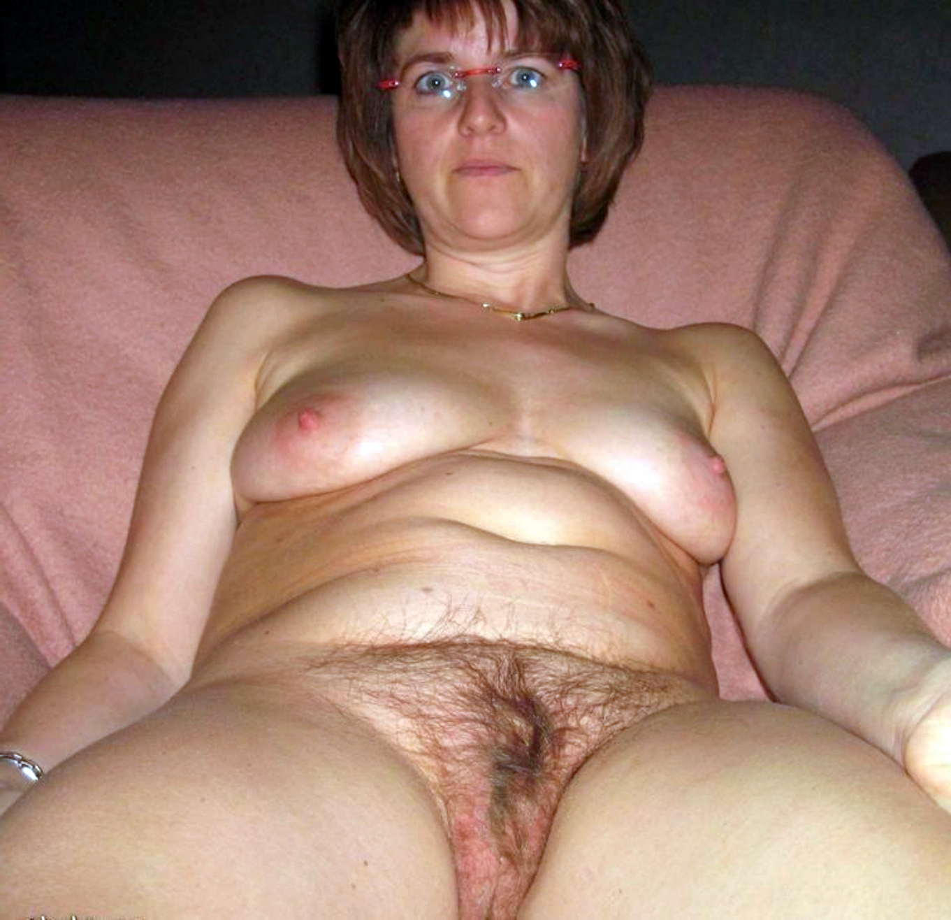 mature mom naked pic